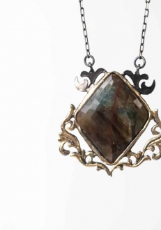 Back in Time Sapphire Pendant