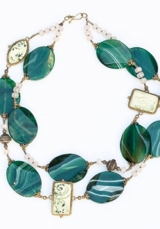 Green Agate and Antique Ceramics