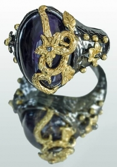 Amethyst Ring with Gold Vine Detail