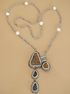Beautiful Druzy Stone with Pave Crystal Lariat Necklace